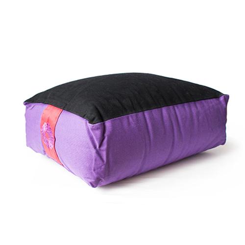 coussin-de-meditation-violet-et-noir
