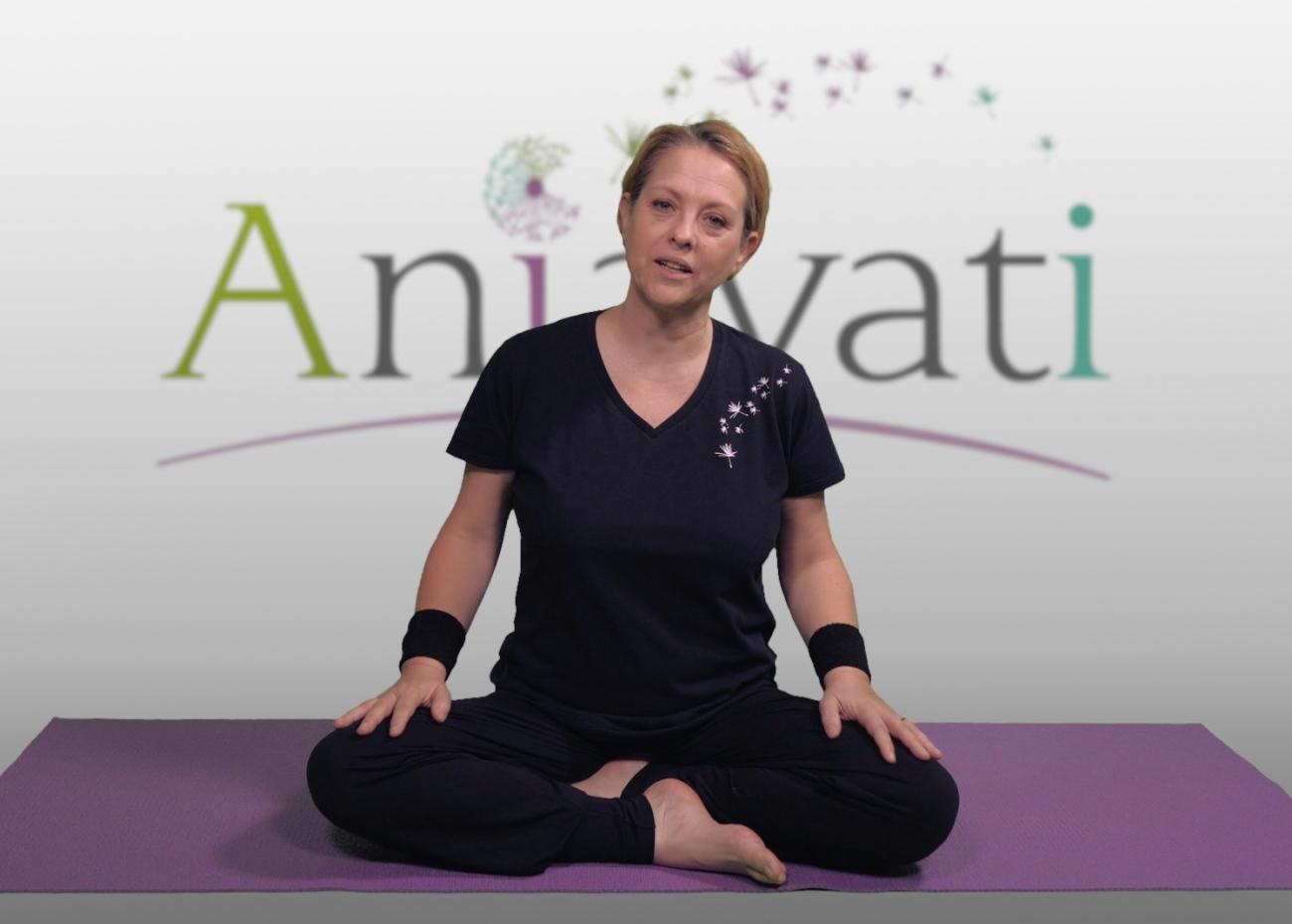 Cours de yoga en ligne par Anjayati